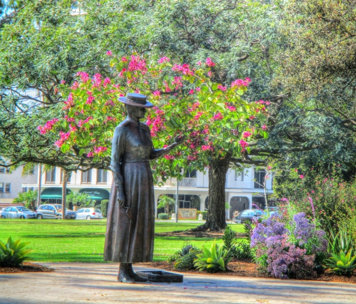 Kate Sessions Statue_Small tonemapped