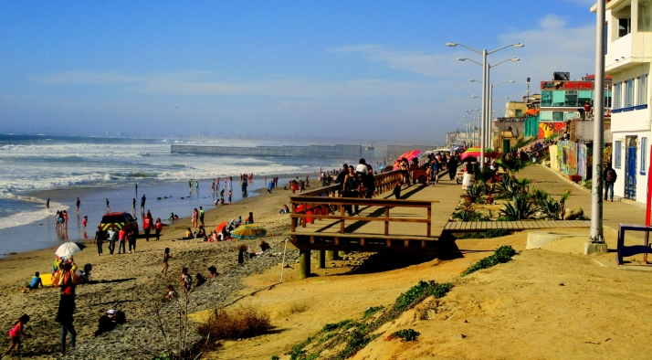 Tijuana Beach and Fence_Small tonemapped