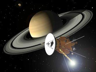 Saturn_cassini-6-30-04-330