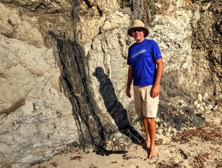 oil-seep-on-beach-joe-small