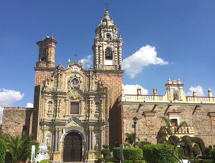 Acatepec facade