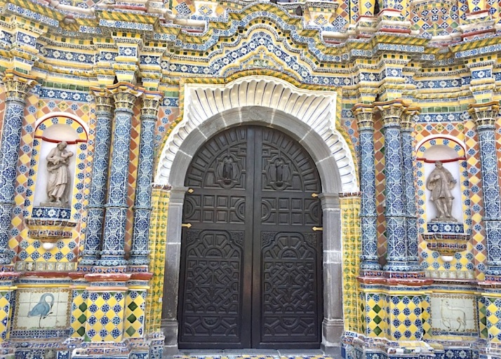 Talavera church doors