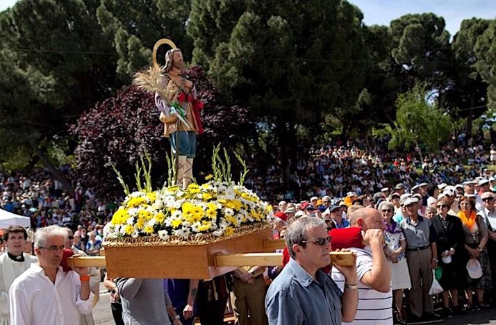 Isidro Parade 1