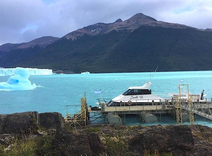 PM glacier boat